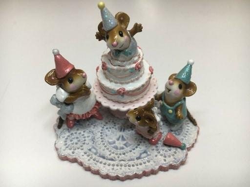 Wee Forest Folk Surprise Mice Figurine