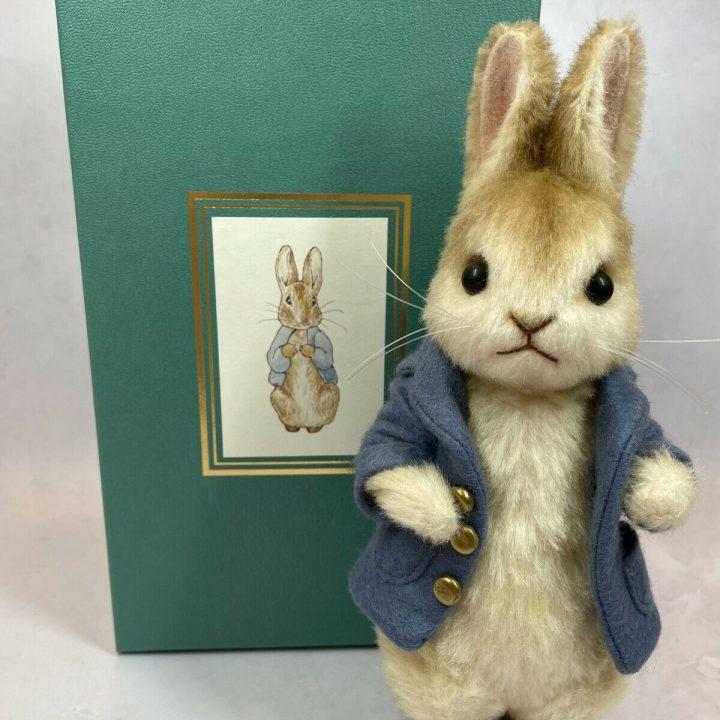 R. John Wright peter rabbit mohair collectible doll